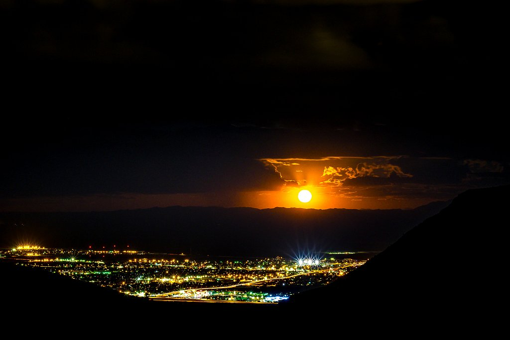 Moonrise over El Paso